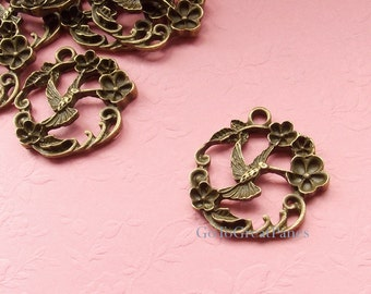 12 Hummingbird & Flower Wreath Alloy Pendant 25 mm circle, Vintage-Style Bronze Plated, large Bird n Garland charm, necklace supplies supply