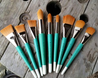 Creative mark Golden nylon mural brush set of 9 Discount art supply