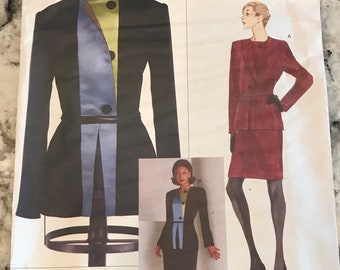 Vogue Sewing Pattern 2045 by Geoffrey Beene In sizes 8-10-12 & 14-16-18