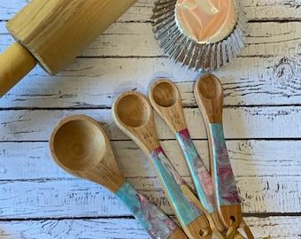 Wooden Tea Spoon Measuring Set. Set of 4 teaspoons. Handpainted Kitchen Utensils.
