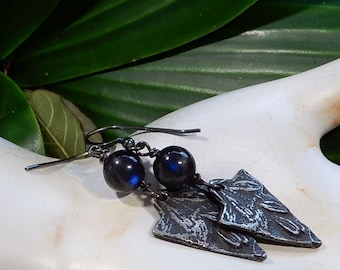 Sale/Blue Fire Black Labradorite Gemstone with Blue Fire and Pewter Leaf Design Earrings/Sterling Silver Ear wires/Stone of Magic/Boho