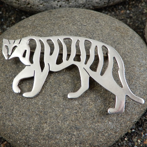 Tiger Pin, Vintage Sterling, Italy, SU, Openwork,