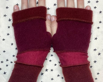 Fingerless gloves Hand warmers Wrist warmers.  4 stripes, burgundy, plum, wine.  Up-cycled using gently worn wool and cashmere sweaters.