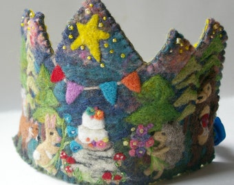 Woodland Birthday Crown: Custom Made Wool Crown for Dressup and Birthday Celebrations (Waldorf Tradition)