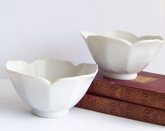 SPRING CLEANING SALE - Lotus Cups - Vintage Creamy White Shabby Chic Decorative Cups