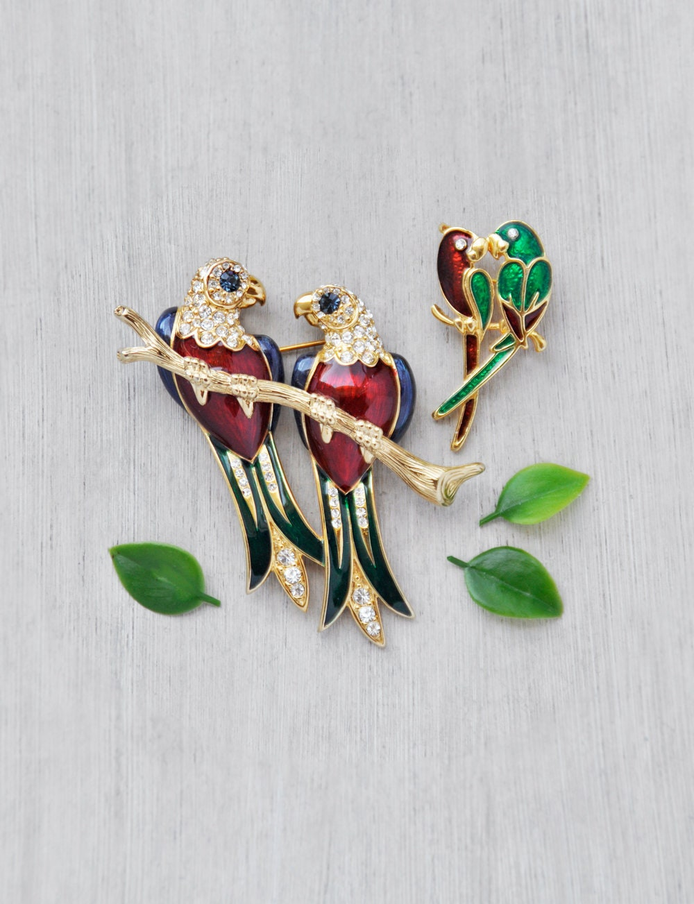2 Monkey Vintage Costume Jewelry Pins Broach Gold Tone W//Red Belly Googly Eyes