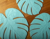 Monstera Leaf reversible table mat / Monstera placemat centerpiece in Seafoam