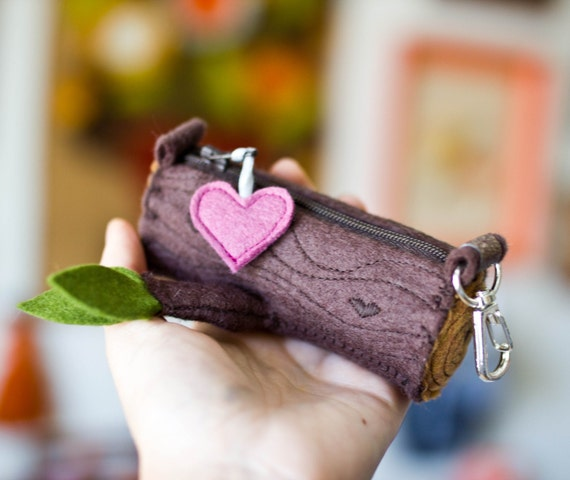 Tiny Log Zipper Pouch