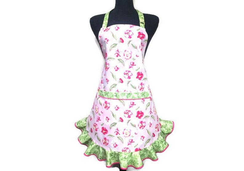53e0d609b3468 Pink Floral Apron for women / Pink Apron with Flowers / Ruffled Aprons for  Women / Pink Apron with Green Ruffle / Flirty Girls Apron / Retro
