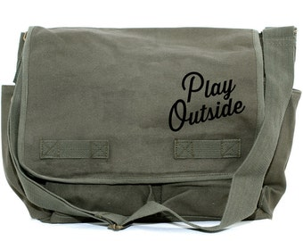 Messenger Bag | PLAY OUTSIDE | Gift for Men | Camera Bag | Crossbody Bag | Canvas Bag | Travel | Large | Typography | Gift for Women