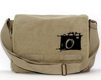 Messenger Bag: Sketch Camera - Large Bag for Men & Women