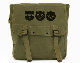 Three Musketeers Cat - Simple Canvas Backpack