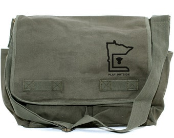 Messenger Bag, MINNESOTA, Canvas Crossbody Bag, Laptop Bag, Large Mens Canvas Messenger Bag, Travel Bag, Camera Bag, Minnesota Gifts