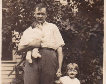 Dad has his hands full! - Original Found Photograph, Photography, Snapshot, Vintage photo, Old photo, Family photograph
