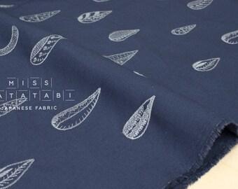 Japonais Kokka tissu brodé toile - croissant de lune - bleu foncé, gris - 50cm