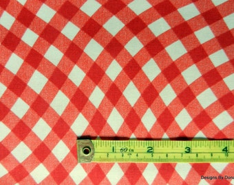 """One Fat Quarter Cut Quilt Fabric, Red and White """"Wavy Gingham"""", Sewing-Quilting-Craft Supplies"""