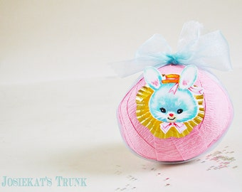 Surprise Ball - Party Favor - Bunny Surprise Ball - Kawaii Birthday Gift - Easter Vintage Novelty - Surprise Ball Bunny - Kids Party Pink