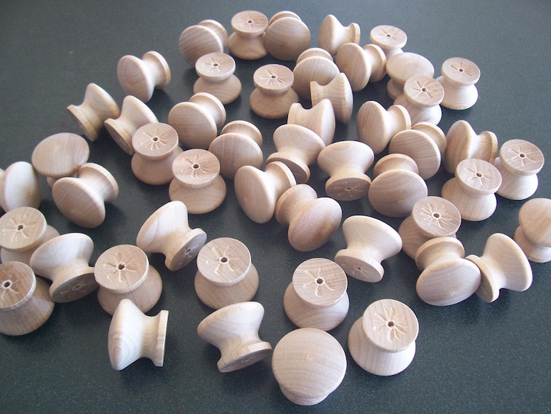 Set of 50 Brand New White Birch Wood Unfinished 1-14 Cabinet KnobsPulls