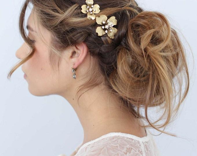 Bridal hair pins - Dogwood flower hair pin set of 2 - Style 659 - Ready to Ship