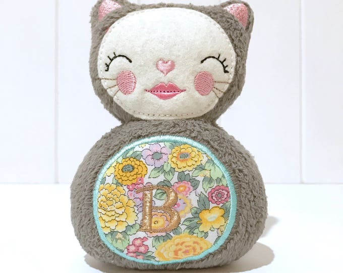 In The Hoop - Little Kitty - Softie Toy Machine Embroidery Design 5x7 inch hoop