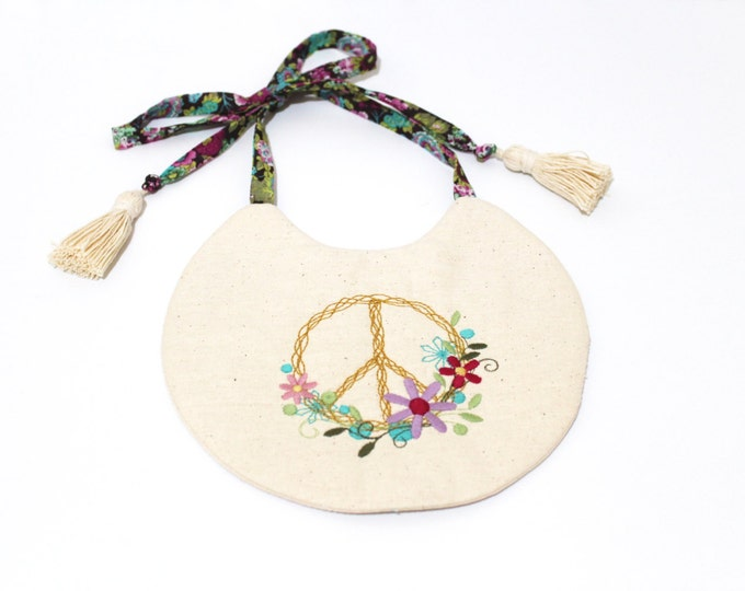 ITH In The Hoop Bitty Boho Tie Bib Machine Embroidery File design 8x12 hoop