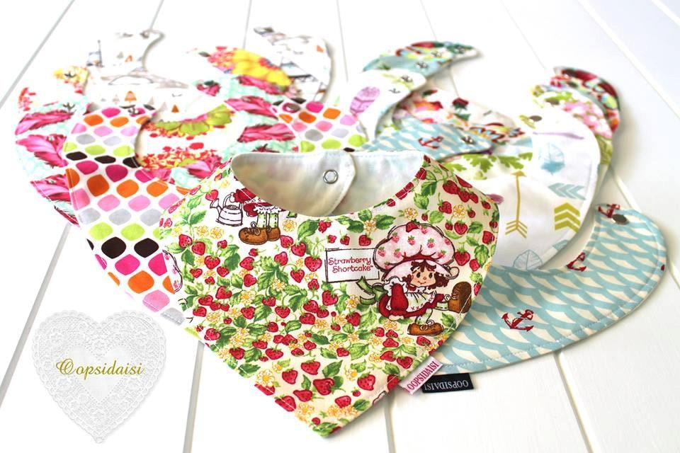 Bib sewing pattern - Oopsidaisi - Baby Bandana Bib SEWING