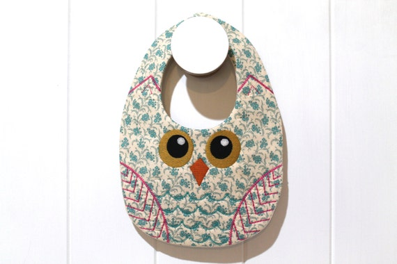 ITH In The Hoop Baby OWL Bib Machine Embroidery File design 8x12 ITH bib