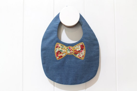 ITH In The Hoop Baby Bow Tie Bib Machine Embroidery File design 8x12