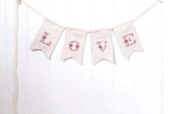 ITH In The Hoop Shabby Chic LOVE Bunting Pennant Machine Embroidery File design 5x7 hoop