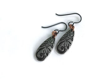 Garden Swirl earrings. Calligraphy-style leaf and flower design on silver plated charms and hypoallergenic niobium ear wires