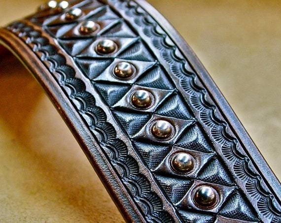 Leather cuff bracelet : Brown American Cowboy King. Vintage style Hand tooled with studs. Handcrafted in USA!