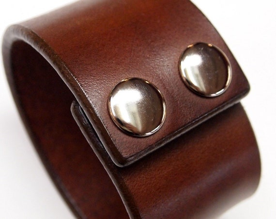 Leather cuff bracelet : Brown Bridle Leather wristband. Custom made for You in USA using refined leatherworking techniques!