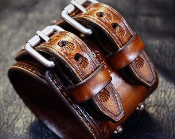 Brown Leather cuff bracelet : Classic Old West Vintage style. Rock and Roll, Country Soul. Hand Made in New York!