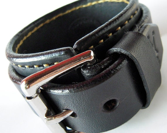 Black Leather cuff wristband : Black Bridle leather with Gold hand-stitching handmade in New York