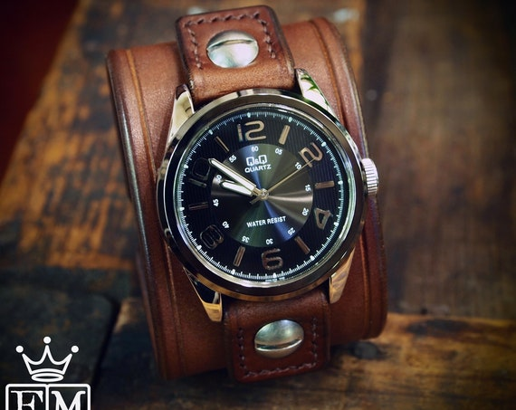 Brown Leather cuff Watch : Vintage style American bridle leather wristband, watchband, wrist watch. Hand made in NY!