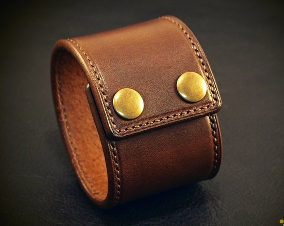 Leather cuff bracelet : Brown Bridle Leather wristband. Handstitched Custom made for You in USA using refined leatherworking techniques!