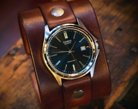 Leather cuff watch : Rich Brown vintage style with Vegetable tanned leather. Completely handmade in New York, USA!