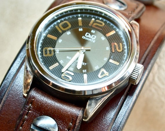 Brown Leather cuff Watch : Vintage Brown bridle leather wristband/watchband. Made in New York!