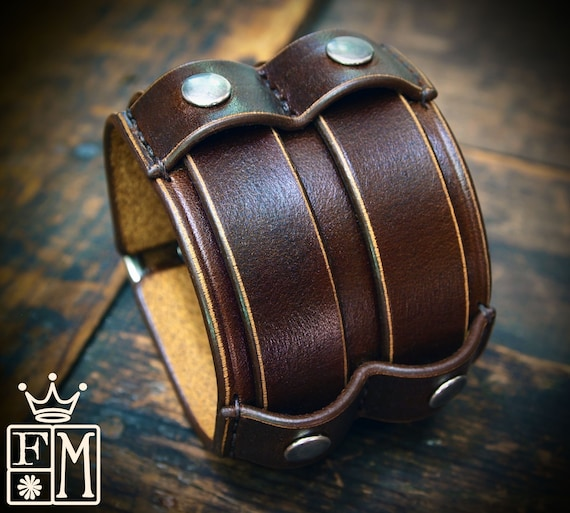 Brown Leather cuff Bracelet : Veg-Tan leather wristband Double buckle design. Custom made for you in New York!