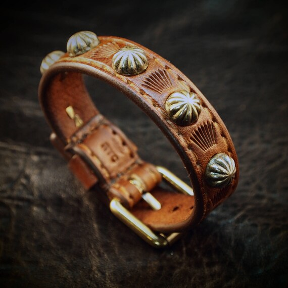 Leather bracelet cuff Brown : Lean and Sexy Cowboy western style made for YOU in New York!