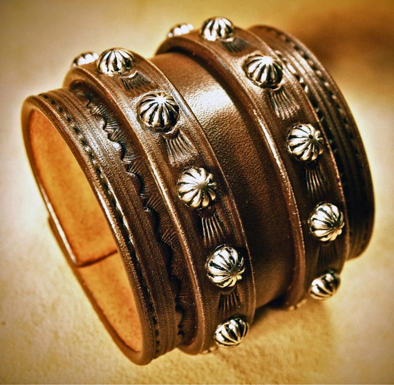 Brown Leather Wrist Cuff : Saddle BrownTraditional studded American Cowboy ROCKSTAR Bracelet. Made in New York