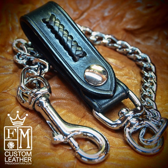 "Black Leather wallet chain : Leather belt loop braided with Kangaroo lace. 20"" Flat link chain!"