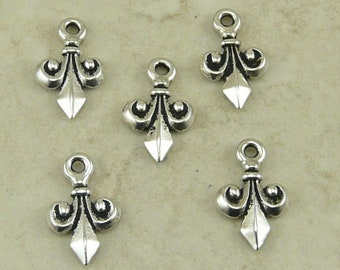 5 TierraCast Small Fleur de Lis Charms - Silver Plated LEAD FREE Pewter - I ship Internationally