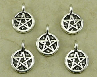 Star Round Stamp charm > Curse Protection Pentagram Pentacle Talisman - Fine Silver Plated Lead Free pewter I ship Internationally 2507