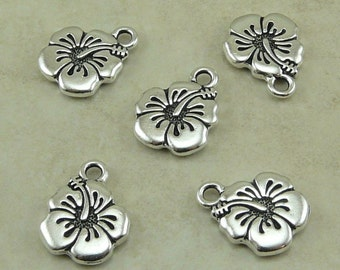 Hibiscus Flower Charms > Tropical Hawaiian Floral Leii Qty 5 - TierraCast Silver plated Lead Free Pewter - I ship Internationally NP