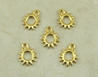 Radiant Sun Charms > Solar Galaxy Stars Qty 5 - TierraCast 22kt Gold plated Lead Free Pewter - I ship Internationally NP