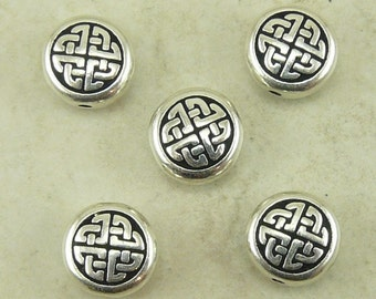 5 TierraCast Medium Celtic Circle Knot Beads - Irish Ireland St Patricks Day Fine Silver Plated Lead Free Pewter I ship Internationally 5527
