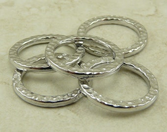 Large Hammertone Ring Links -  TierraCast Qty 5 Rhodium Plated Lead Free Pewter - I ship Internationally NP