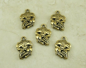 5 TierraCast Catrina Charms > Day of the Dead Sugar Skull Skeleton Halloween 22kt Gold Plated Lead Free Pewter - I ship Internationally DC