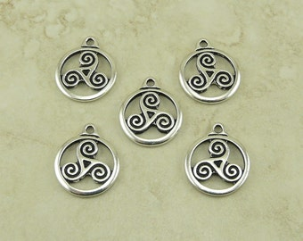 5 TierraCast Open Celtic Triskele Round Charms > Swirl Irish Ireland - Fine Silver Plated Lead Free Pewter - I ship Internationally 2391